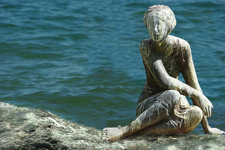 statuewater